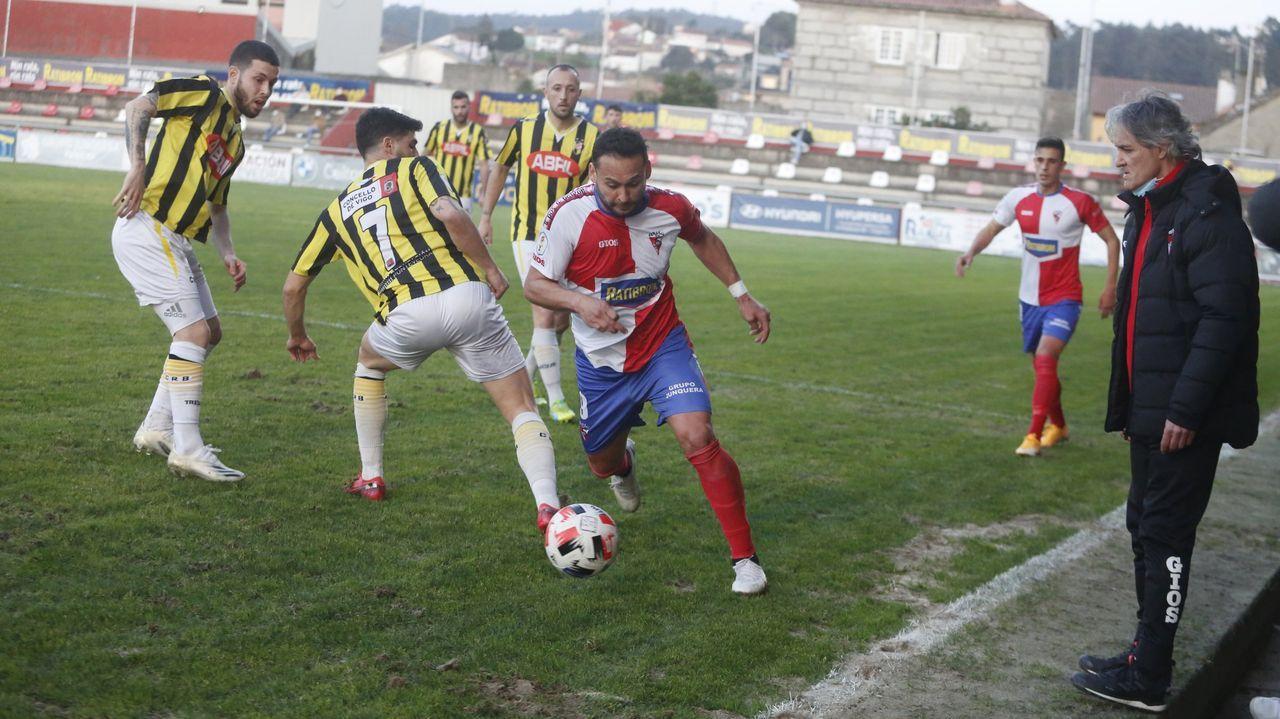 Las imágenes del partido entre el Pontevedra y el Lealtad