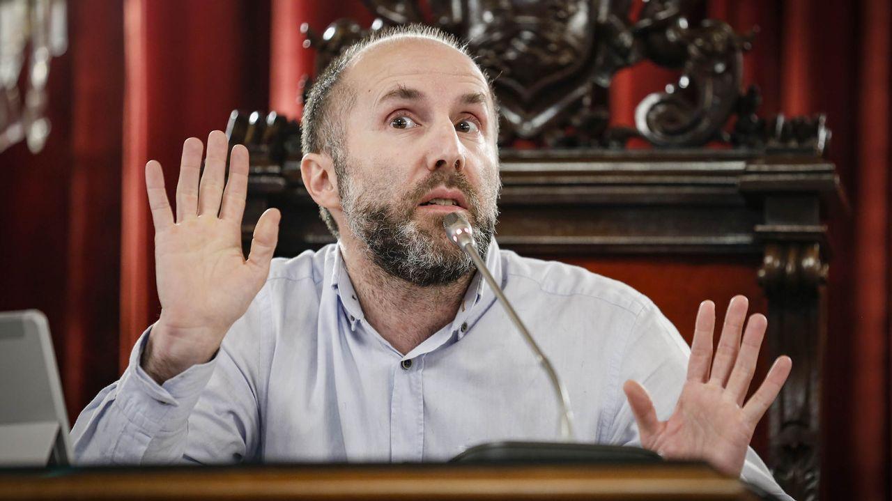 El concejal Telmo Ucha, ingresado en el CHUO.El alcalde de Ourense, Gonzalo Pérez Jácome