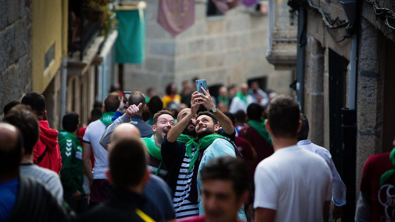 La Festa do Boi de Allariz congregaba a mucha gente en las calles y en los locales de hostelería.