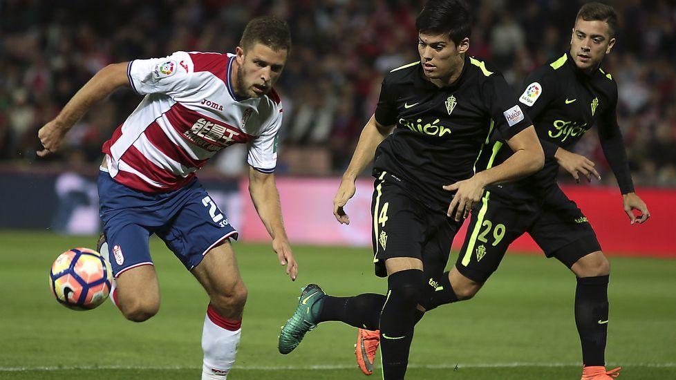 El Granada-Deportivo, en fotos.Juan Rodríguez, a la derecha, debutó en Primera