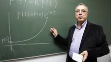 Juan José Nieto, catedrático de Análisis Matemático