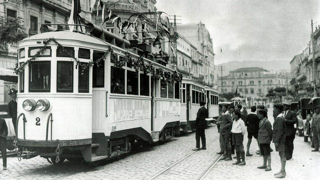 Manifestación por las calles de Vilalba