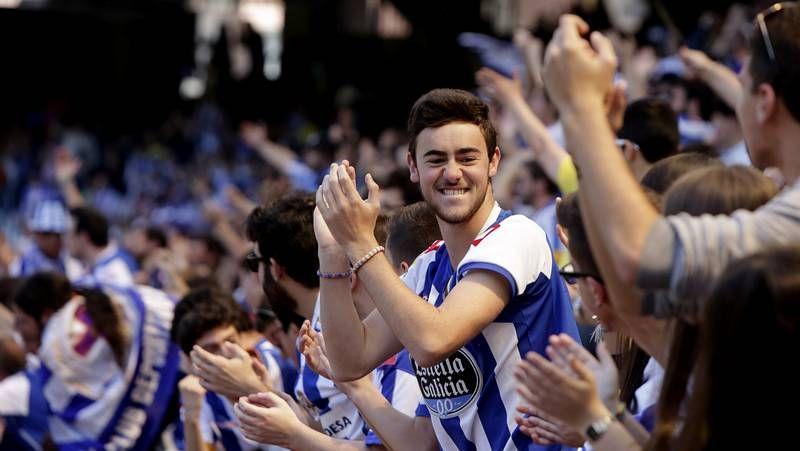 Fiesta de las peñas del Dépor.Xabi Alonso e Illarramendi apoyan al Eibar