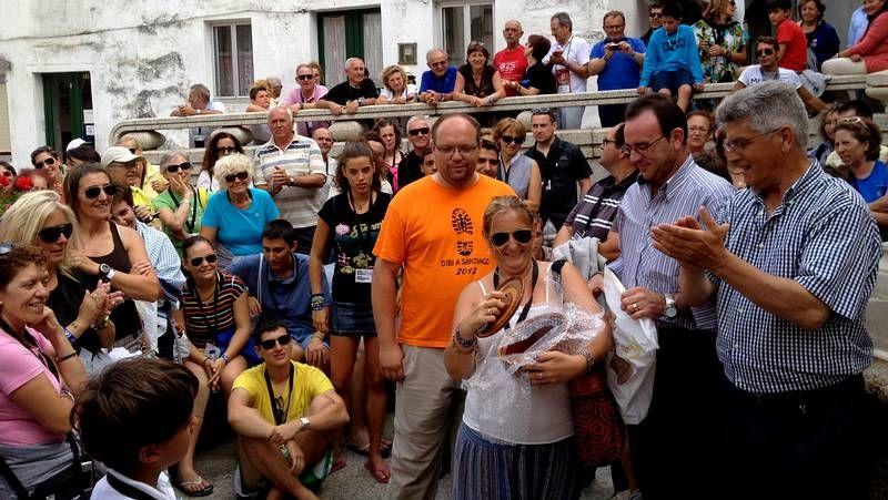 perro PH.Los alicantinos visitaron Malpica por la tarde