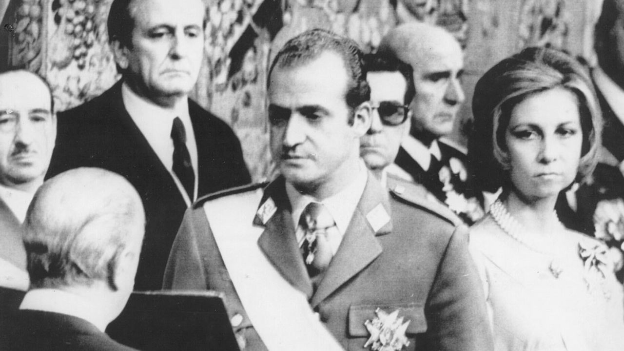 En la jura como Rey de España de Don Juan Carlos