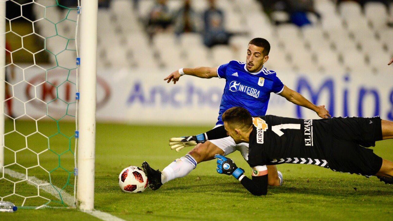 Gol Ernesto Racing Santander Vetusta El Sardinero.Ernesto anota el 0-1 para el Vetusta en El Sardinero