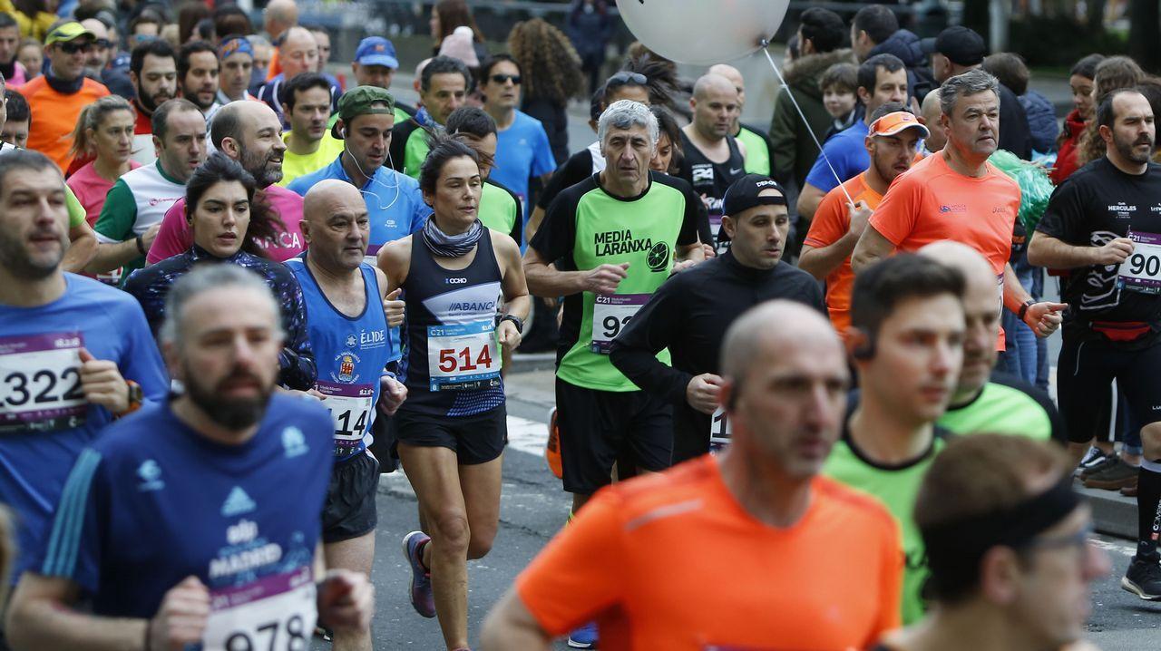 Búscate en la popular Coruña 21 Medio Maratón Atlántico.Boxeo. Combate Moncho Mirás-Juan Hinostroza