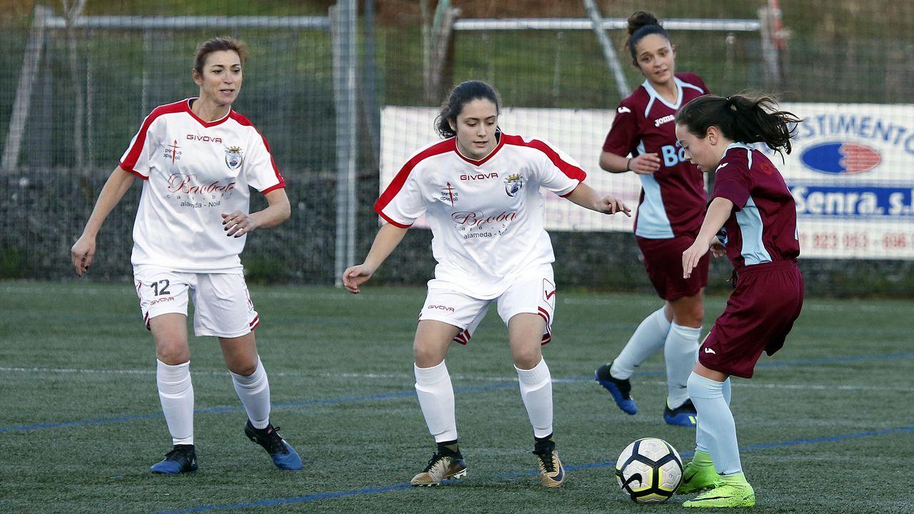 Primera torneo Vila de Noia de Fútbol femenino. Partido entre Noia y EFM Boiro
