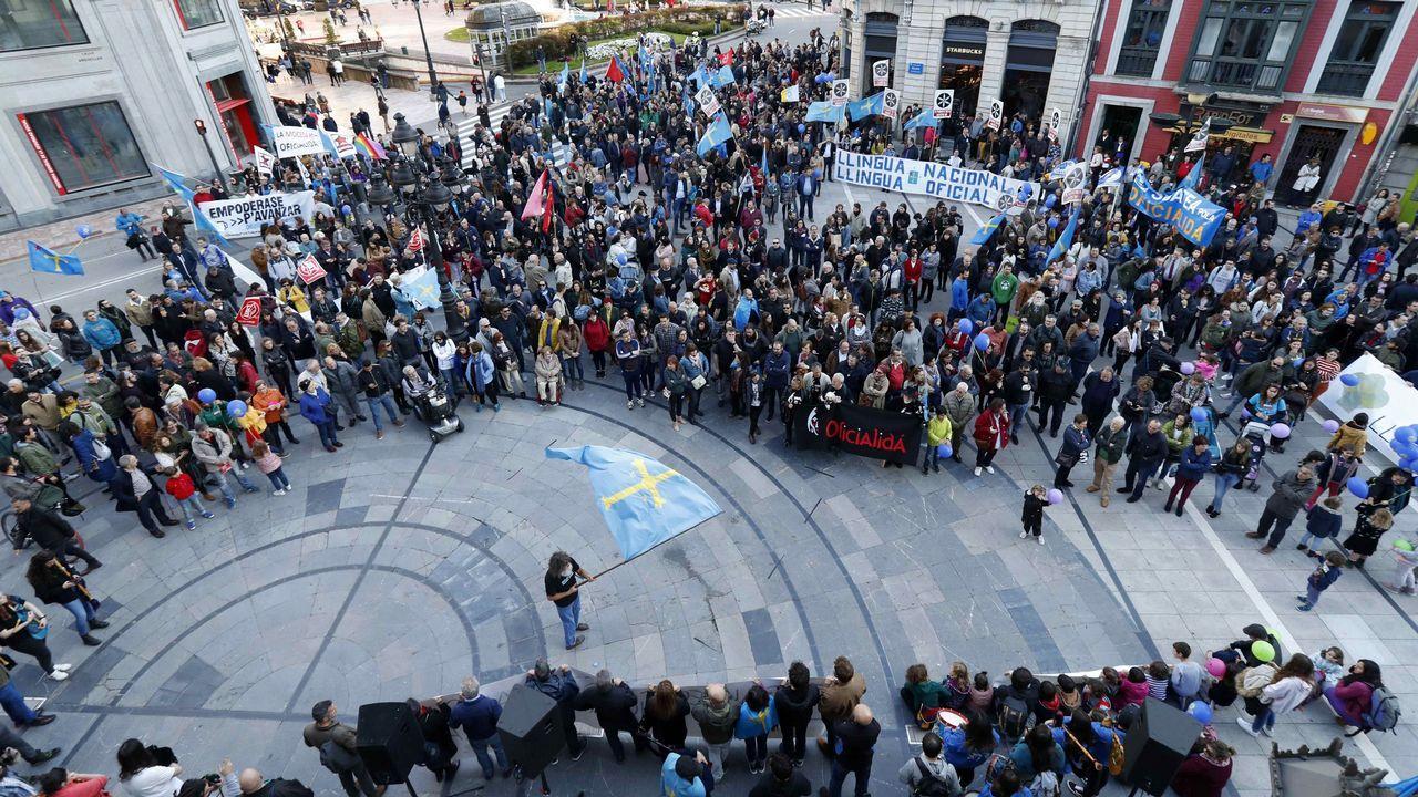 La oficialidá, una lucha intergeneracional.Presentación de la candidatura de Vox a la alcaldía de Oviedo
