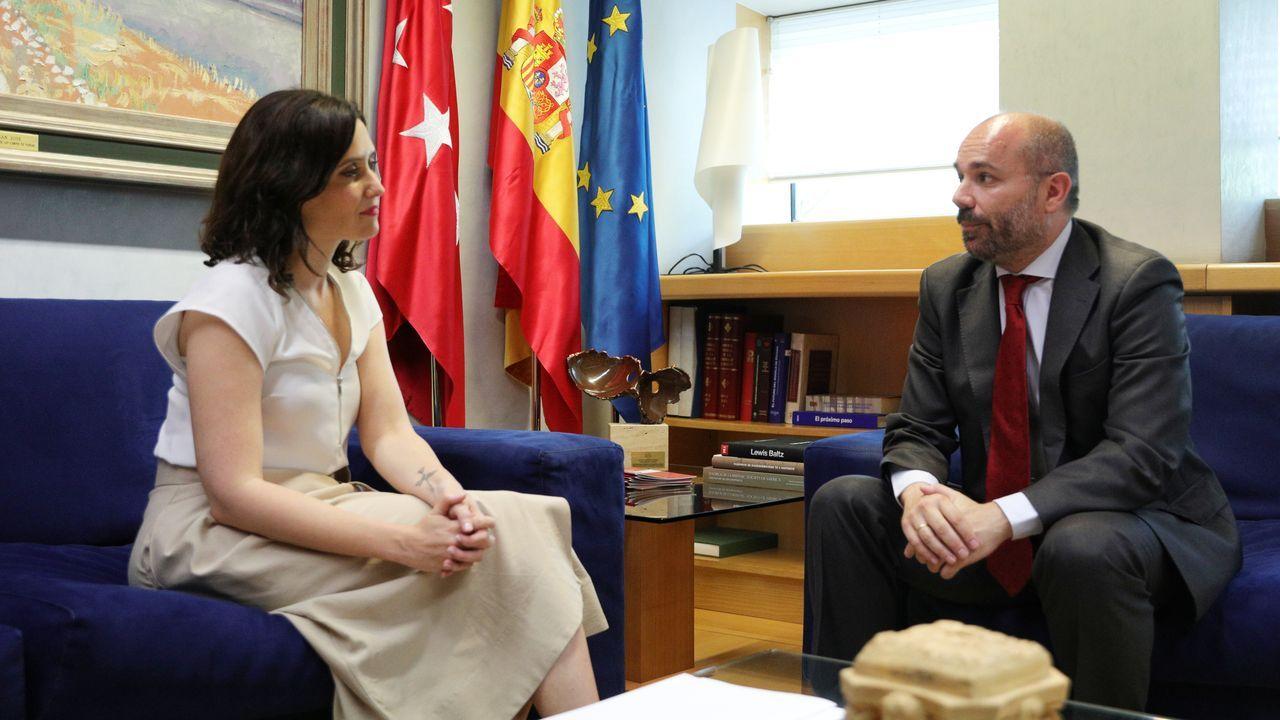 El presidente de la Asamblea de Madrid, Juan Trinidad, se reúne con la candidata del PP a la Presidencia de la Comunidad, Isabel Díaz Ayuso
