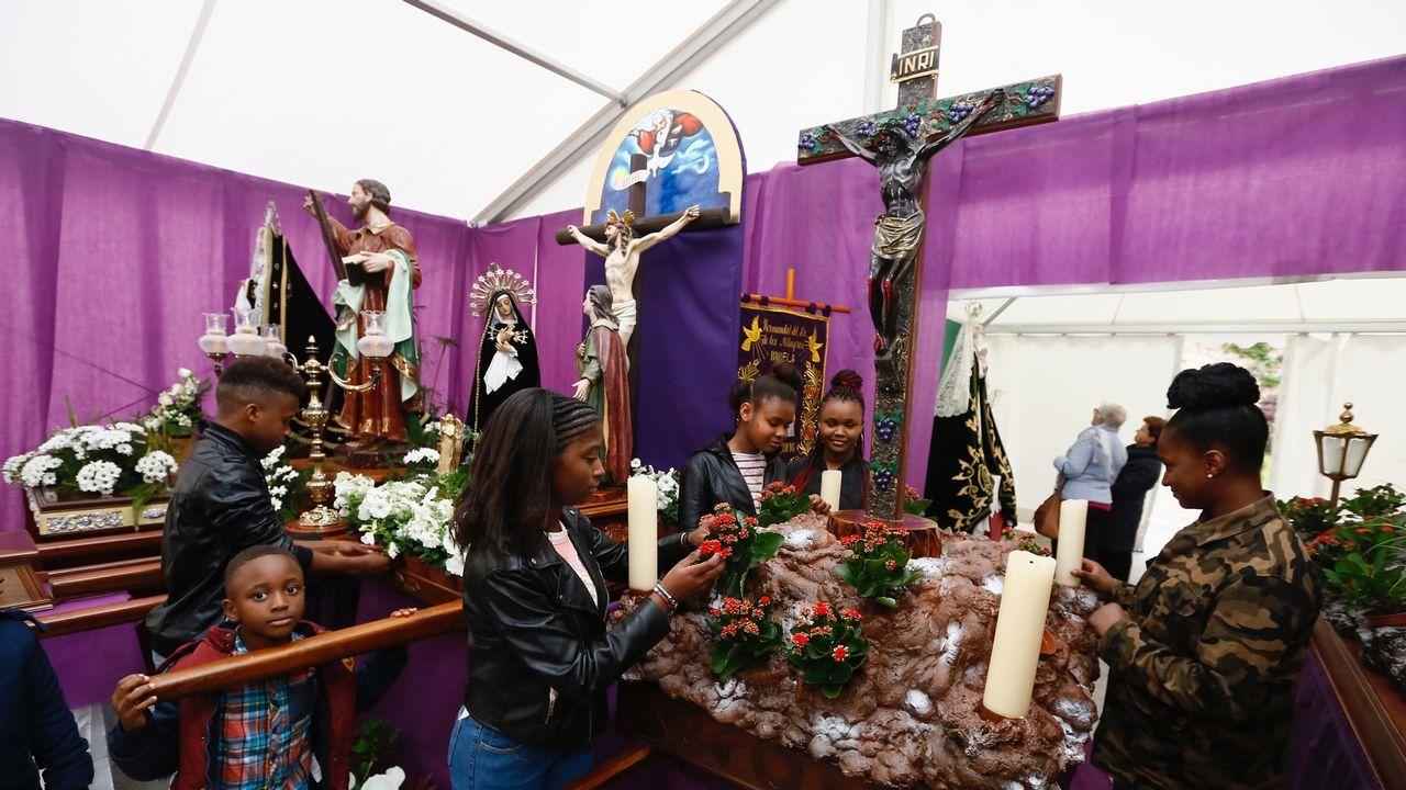 Abre la feria Expomar en Burela.Viajeros en Lavacolla
