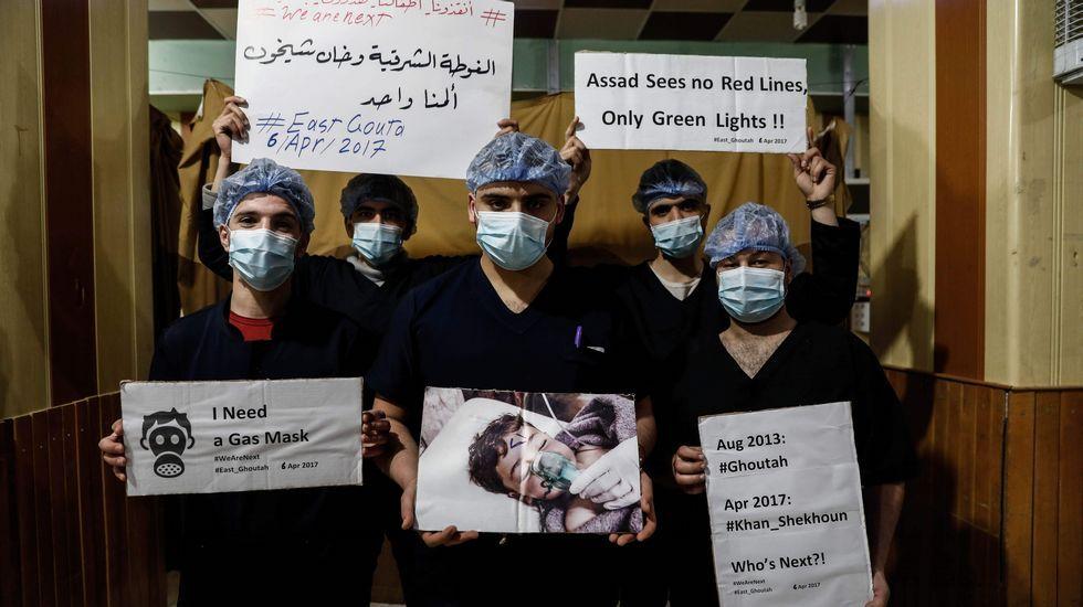 Médicos de Damasco en un acto de protesta por el ataque químico en Idlib.