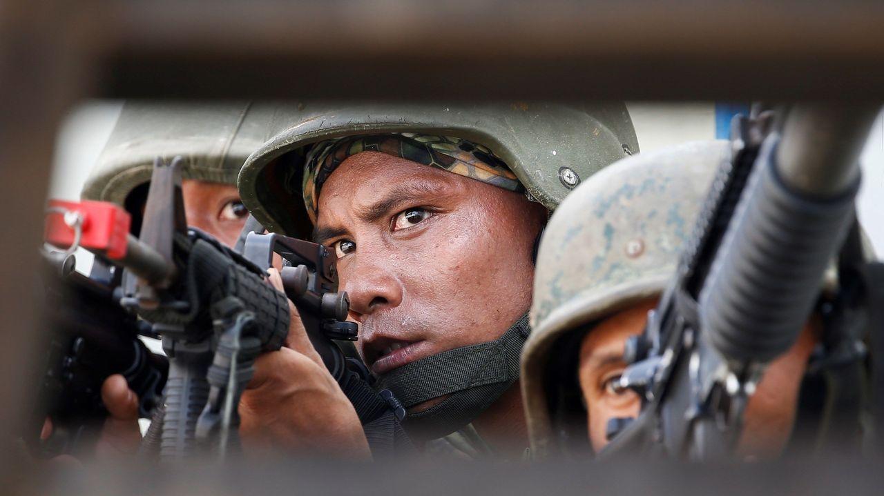 Soldados de las Fuerzas Armadas de Filipinas, durante unos ejercicios militares
