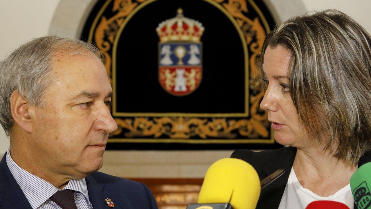 O Domingo das Mozas Lugo vistese e soa a galego