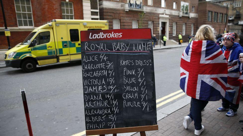 Los británicos apuestan sobre el nombre de la recién nacida