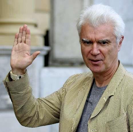 Actores atractivos.David Byrne, ayer, a su llegada a San Sebastián.