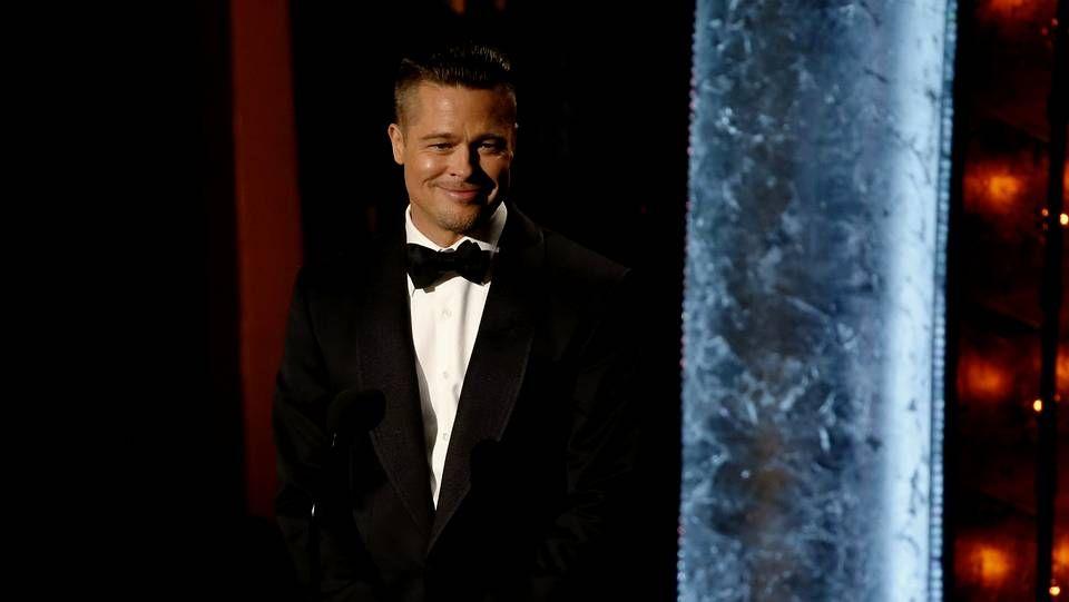 selfie_detalle.Brad Pitt durante la pasada gala de los Oscars