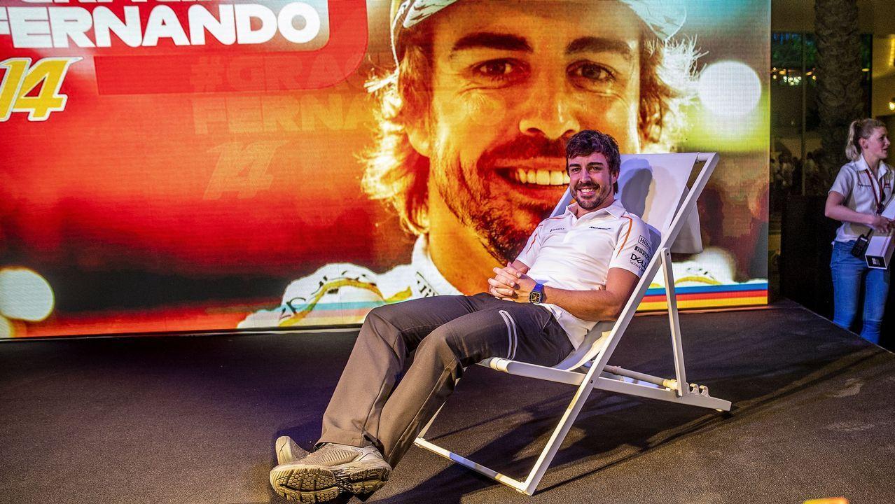 Alonso se despide por todo lo alto en Abu Dabi.Fernando Alonso preparado para probar el Toyota del Dakar