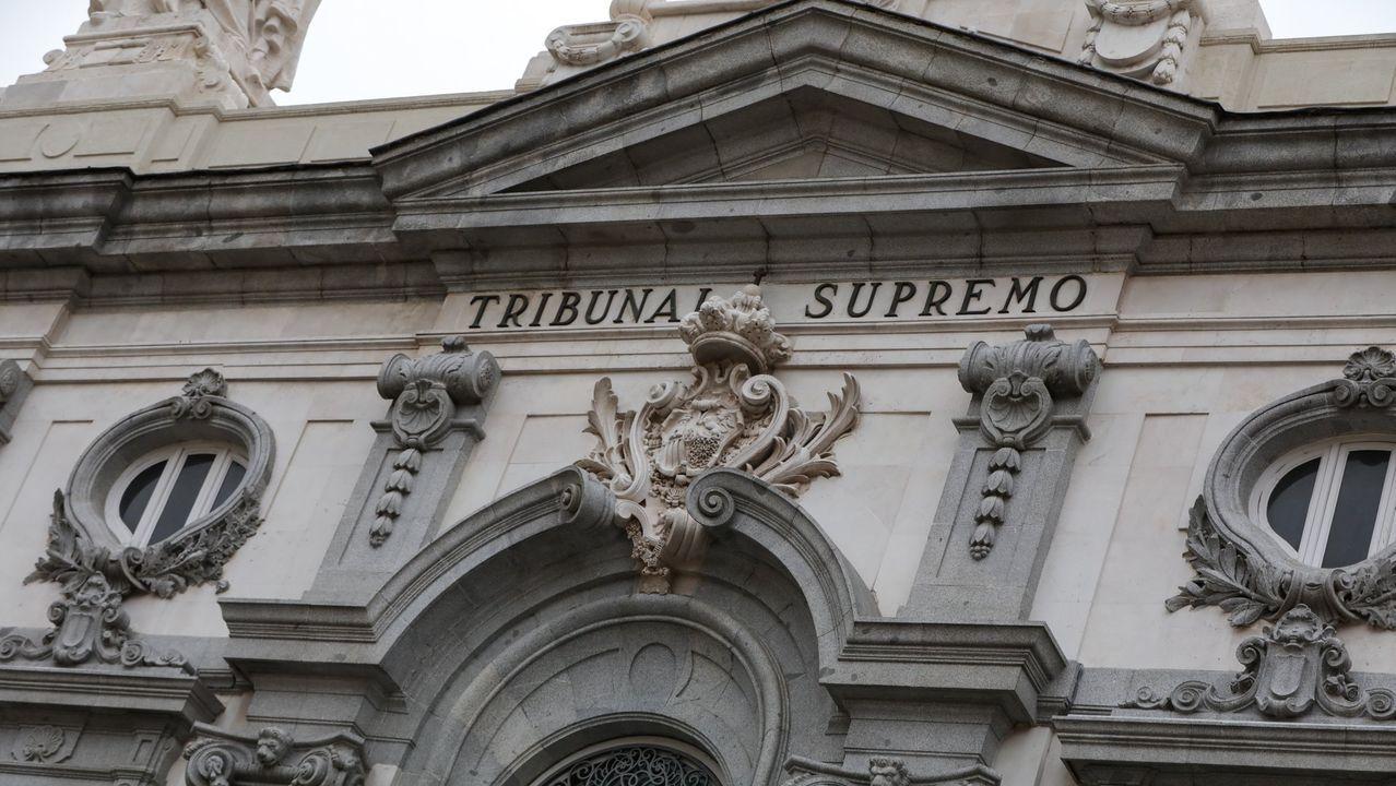 Entrada a los juzgados de Vigo