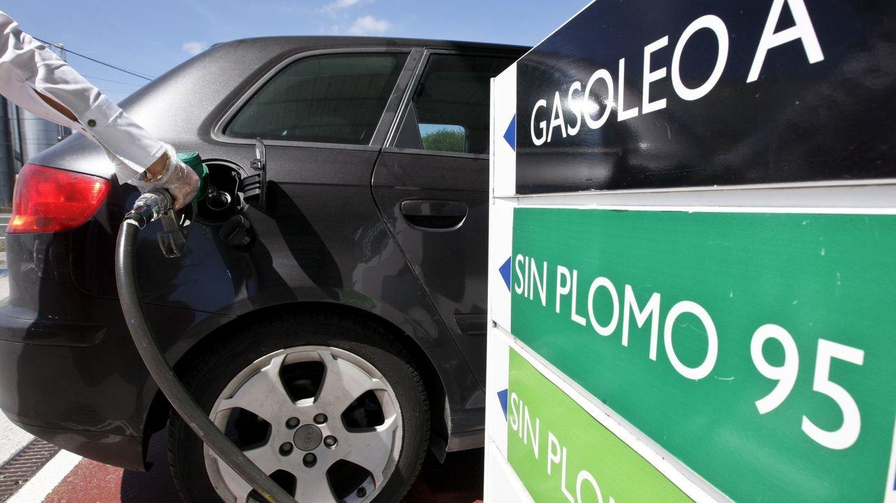 La subida de los carburantes ha tirado al alza del IPC en mayo