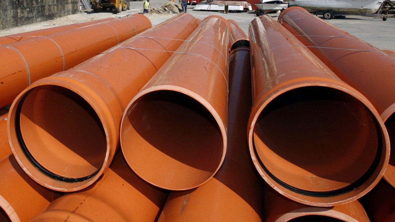 Imagen de archivo de unas tuberías de saneamiento