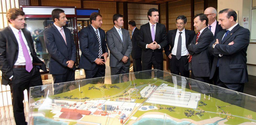 El gasoducto se construyó en un tiempo récord, 11 mesesm y supuso un reto para la ingeniería especialmente en la ría de Ribadeo.