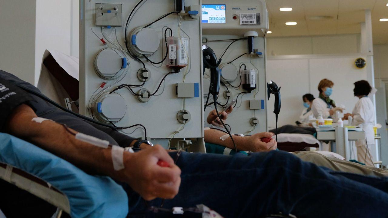 Donantes de plasma en un hospital italiano