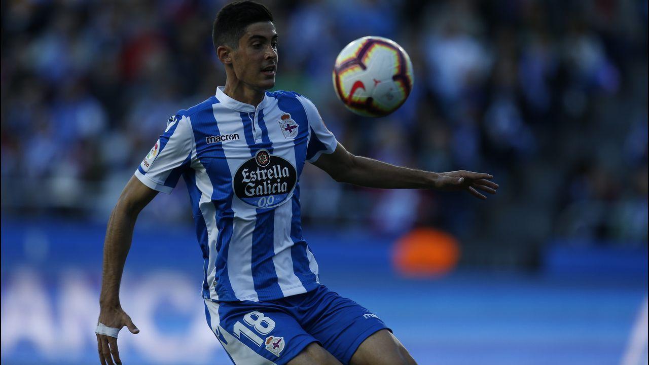 Las mejores imágenes del Córdoba - Dépor.Solo el goleador del Elche Sory Kaba chuta más que Carlos Fernández
