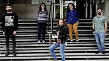 Beatriz Novoa, con su grupo de inmunología y genómica
