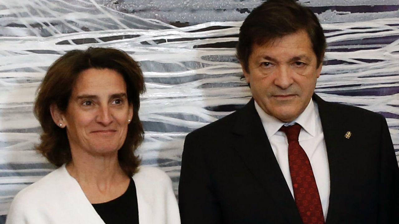 Teresa Ribera y Javier Fernández