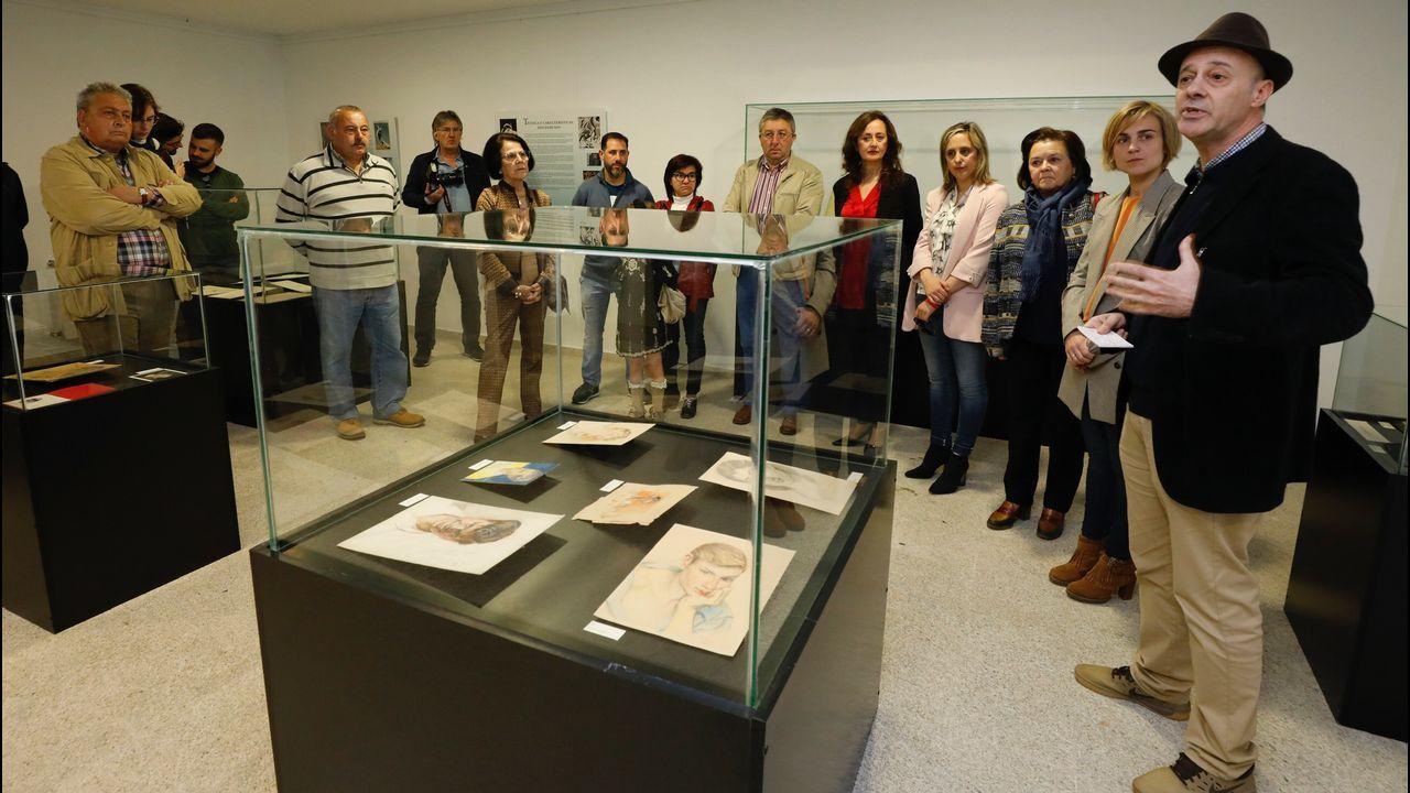 Burela celebra o Día do Xubilado.Equipo de buceadores que se sumergen estos días en Viveiro para hallar restos de la Expedición Cántabra.