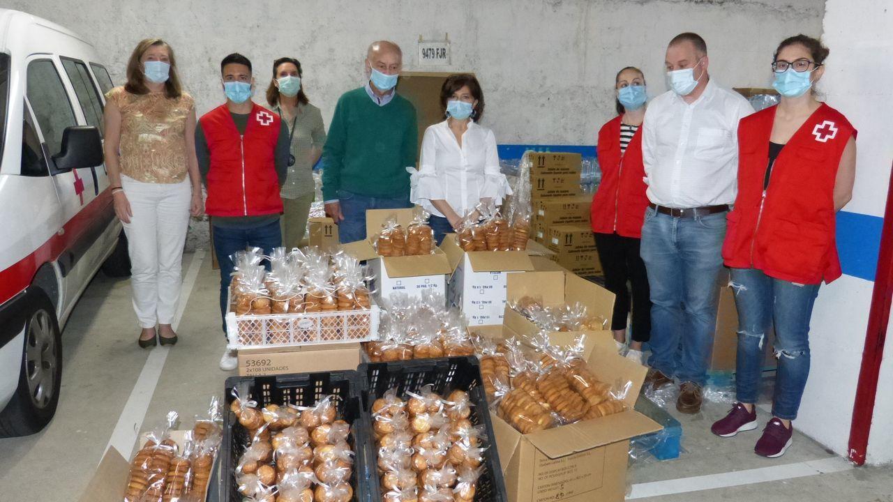 Las galletas que realizaron las Clarisas de Vilar de Astrés fueron entregadas en Cruz Roja Ourense
