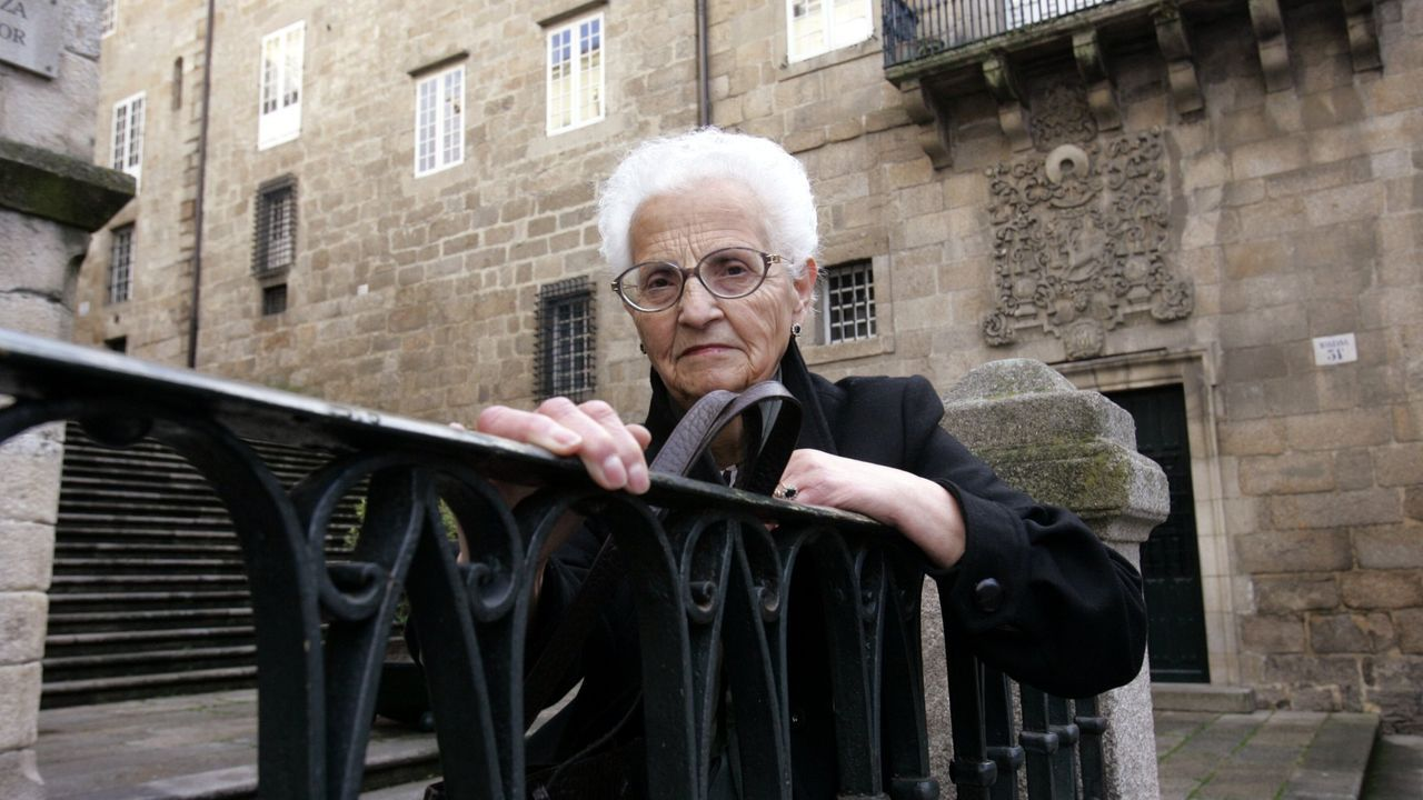 Meirás,el fantasma de Franco que persigue a Emilia Pardo Bazán.A exposición Facer Camiño estivo antes en Cee