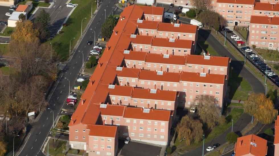 Vista aérea de la calle Emilia Pardo Bazán, en Caranza