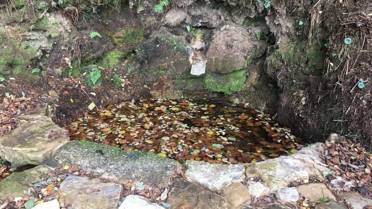 Imagen de la fuente tras el arreglo del Concello
