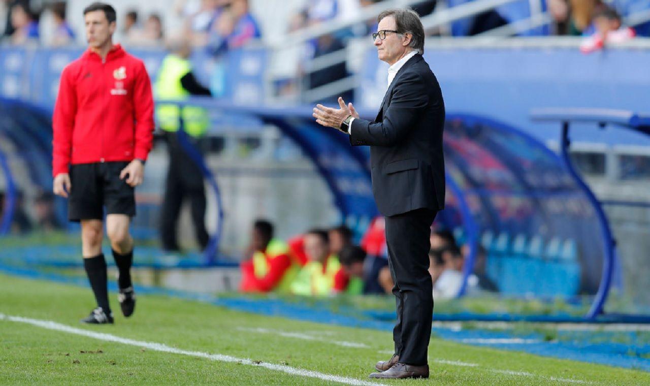 Anquela Real Oviedo Sevilla Atletico Carlos Tartiere.Juan Antonio Anquela, durante el partido que enfrentó a Real Oviedo y Sevilla Atlético la temporada pasada