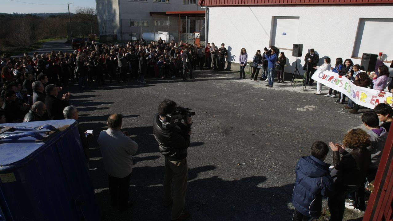 Alcaldes socialistas reunidos la semana pasada con el presidente de la Deputación en Muxía