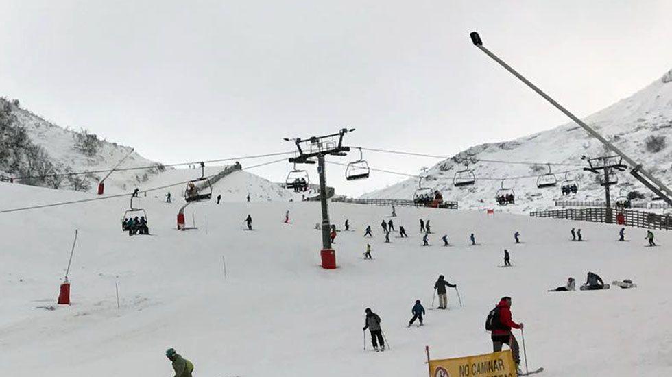 Esquiadores en Valgrande-Pajares.Esquiadores en Valgrande-Pajares