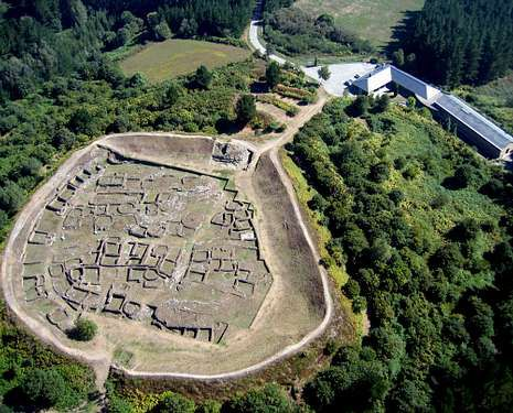 Vista aérea del castro de Viladonga.