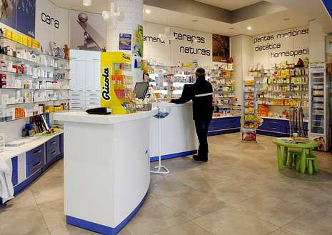 La farmacia Da Cunha, en A Valenzá, sufre una caída de ventas.