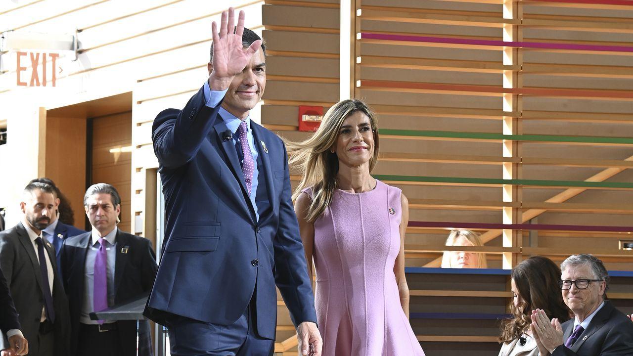 El PSOE ganaría las elecciones con un 34% de los votos, según el CIS.El presidente del Gobierno en funciones, Pedro Sánchez y su mujer, Begoña Gómez, a su llegada al acto Goalkeepers de la Fundación Bill y Melinda Gates, en Nueva York (EE.UU)