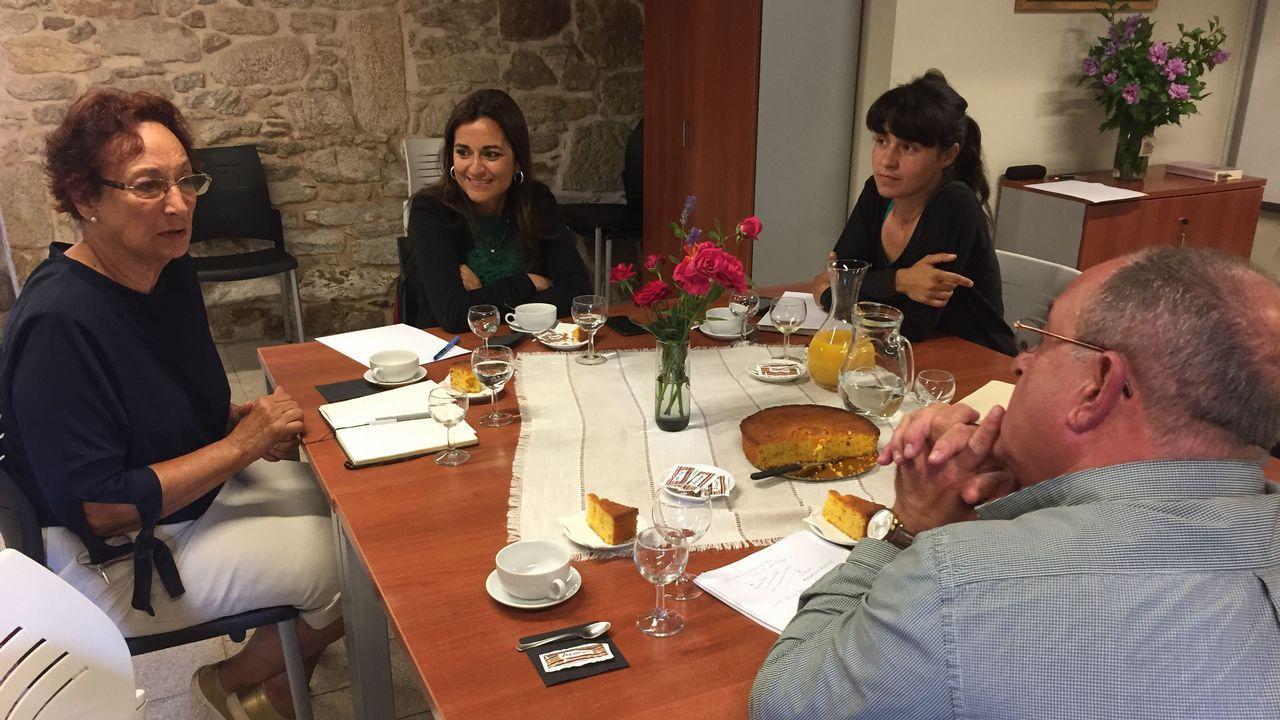 Las imágenes de la presentación de la asociación A Casa da Muller