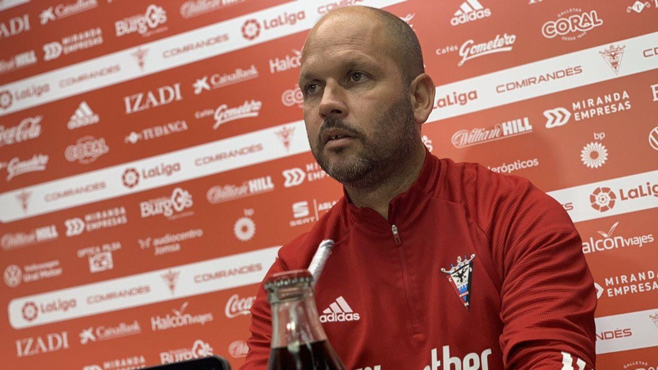 Gol Borja Sanchez Mariño Sporting Real Oviedo El Molinon.José Alberto López