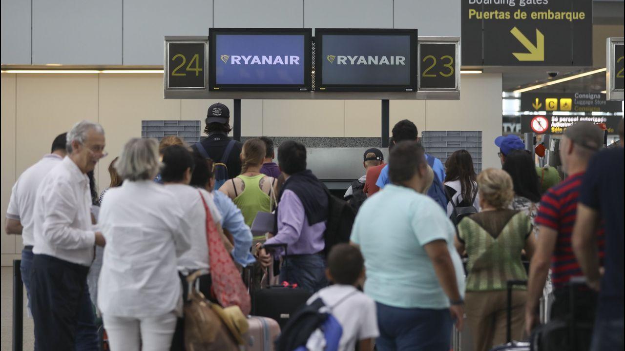 Las huelgas simultáneas en El Prat obligan a cancelar conexiones con el aeropuerto de A Coruña