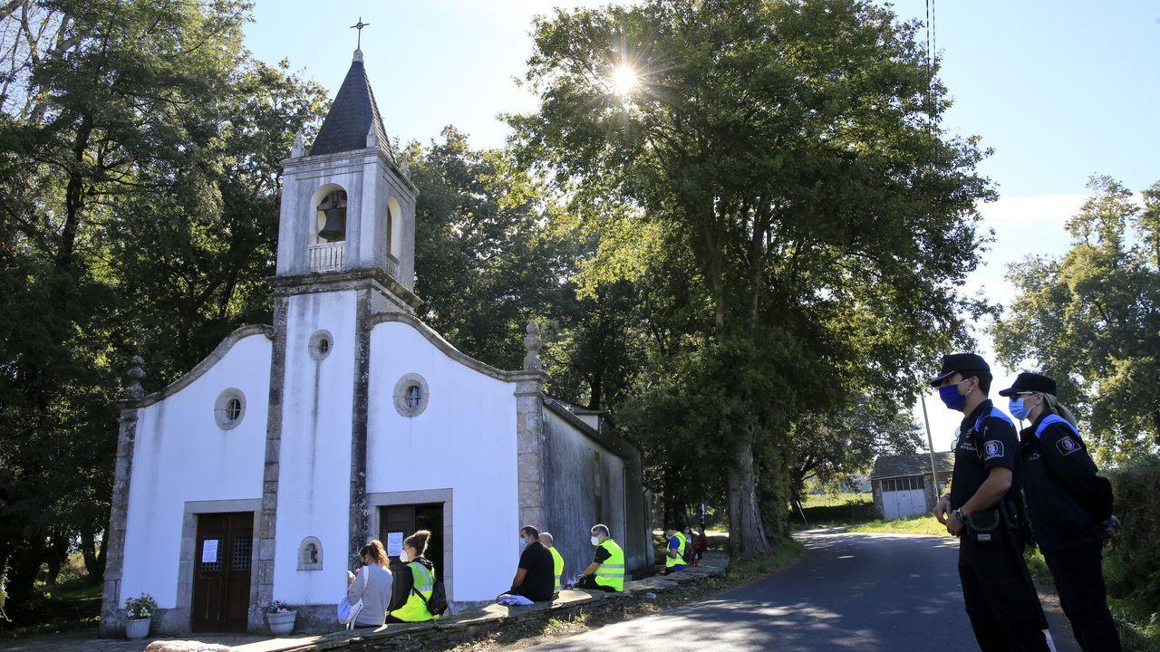 Los vecinos de Fuente de Oliva, en Balboa, solicitan formalmente el ingreso del pueblo en Galicia.La Policia Local se encargó del cumpliento de las restricciones impuestas por la crisis del coronavirus