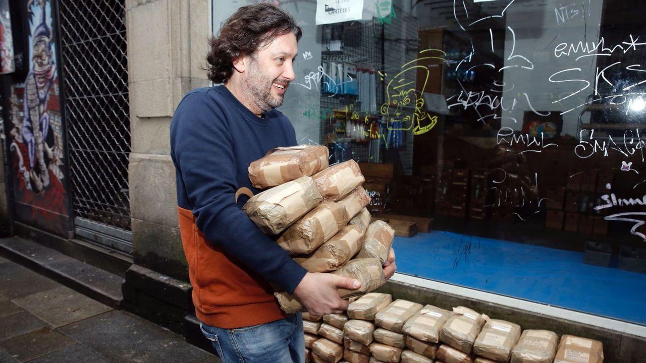Son de Arousa: el vídeo de la descarga simulada de fardos de café que puede costarle a su protagonista 50.000 euros.Dolores Delgado, durante la inauguración del año judicial