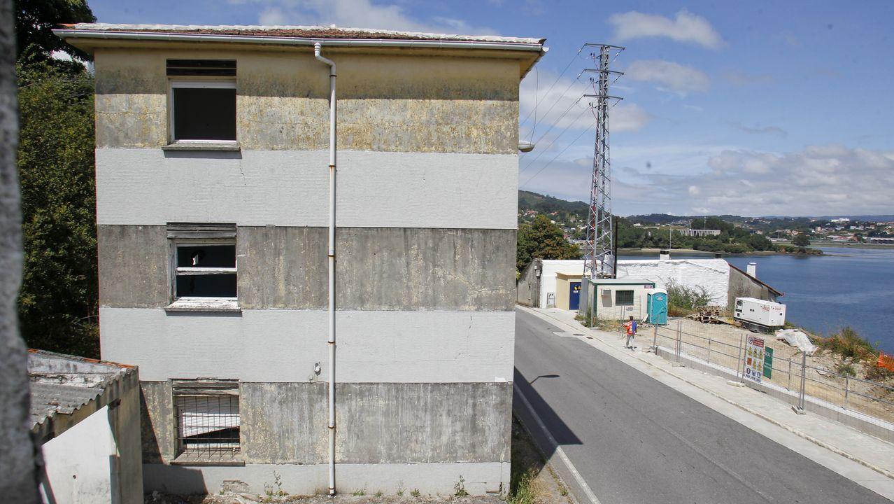 La antigua casa cuartel de A Graña admite usos hoteleros, sanitarios y de servicios sociales