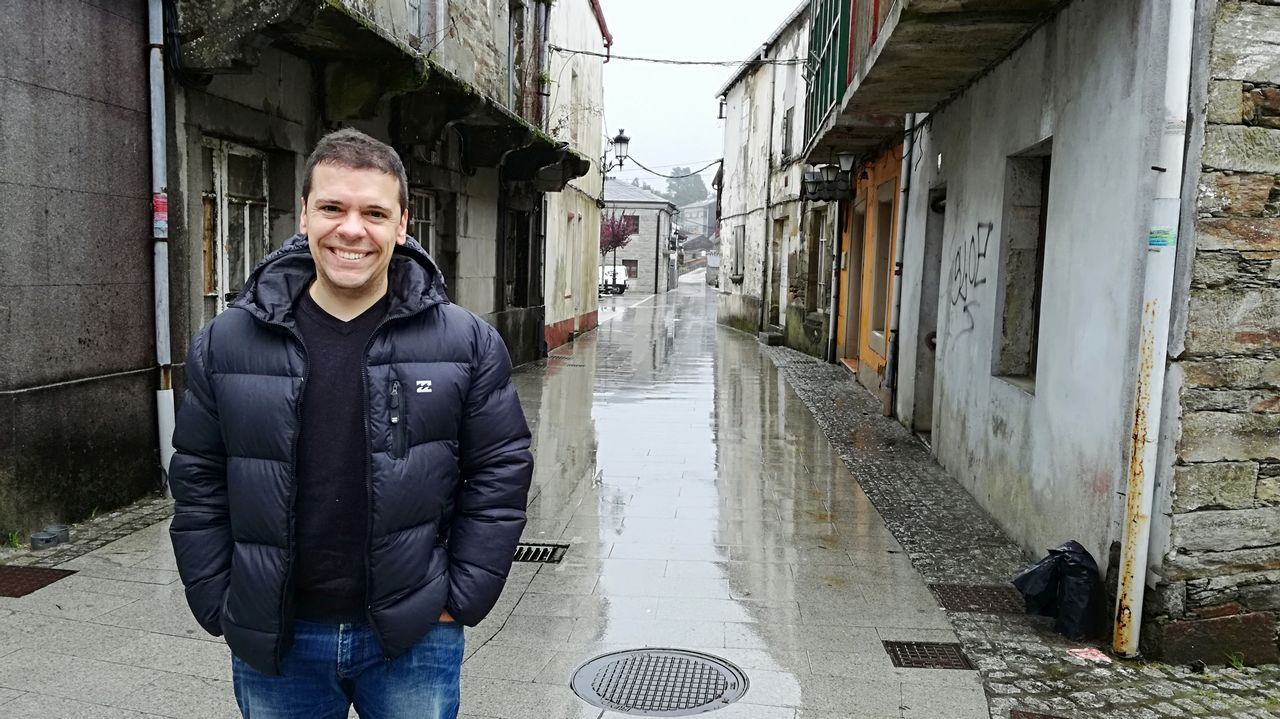 Itziar Castro reaparece tras su despido de Operación Triunfo.Pancho Varona inicia una gira por Galicia