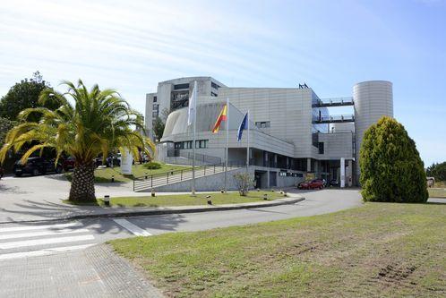 En el Hospital Montecelo, en Pontevedra, hay este martes ocho pacientes de coronavirus ingresados, seis en planta y dos graves en la uci