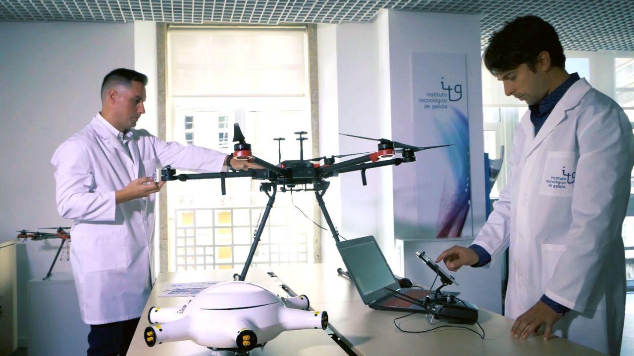 Dan el vertido de la ría de Arousa por controlado.Un dron desarrollado por el Instituto Tecnológico de Galicia, en una imagen del pasado enero